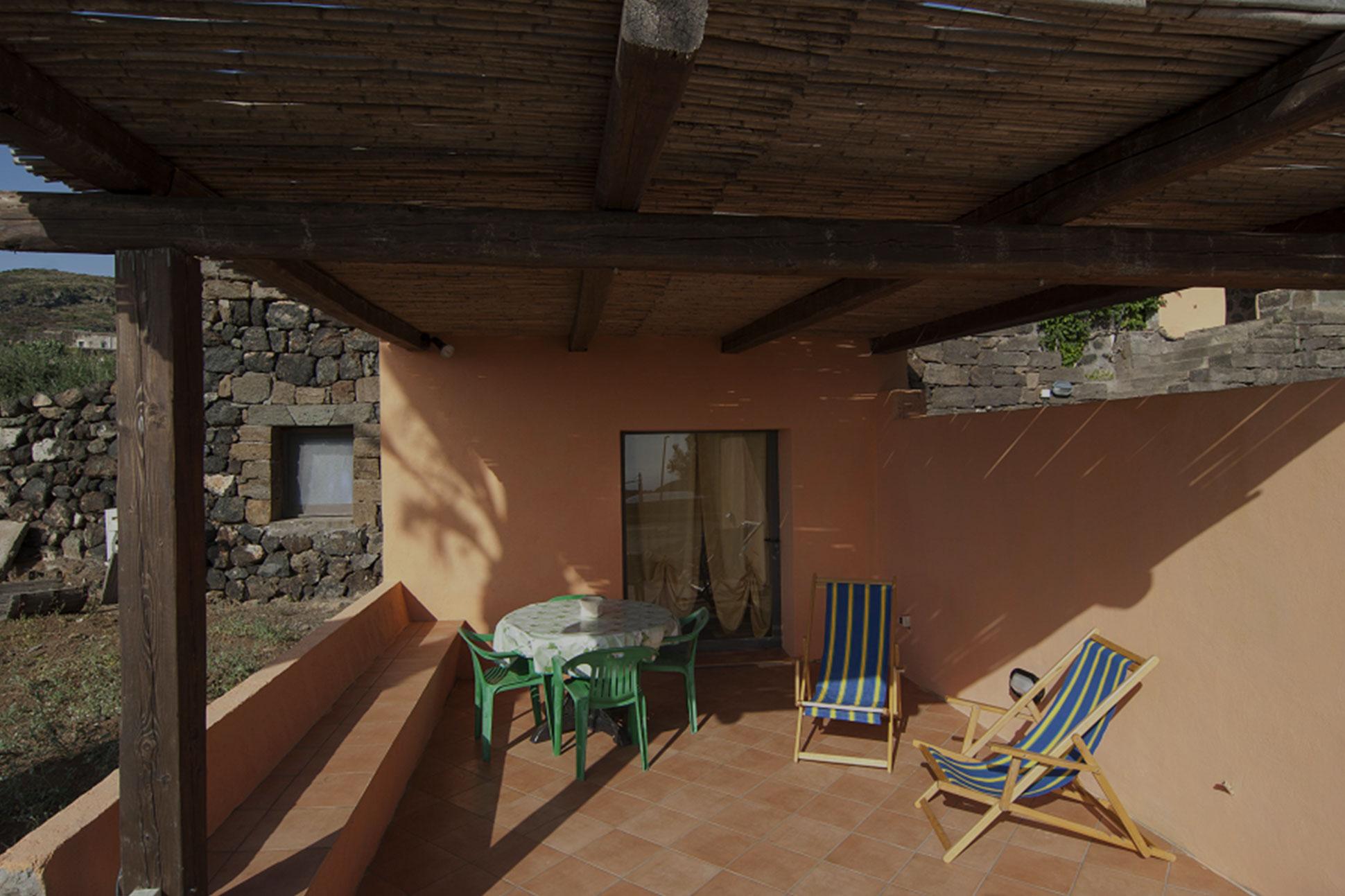 Dammusi-Uliveto-Pantelleria-Dammuso-Nicchie
